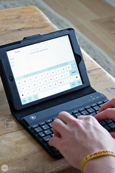 tablet-and-keyboard